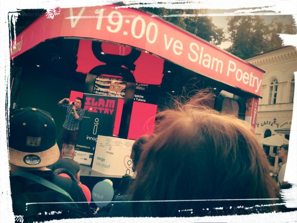 Slam poetry na Filmovém festivalu v Karlových Varech